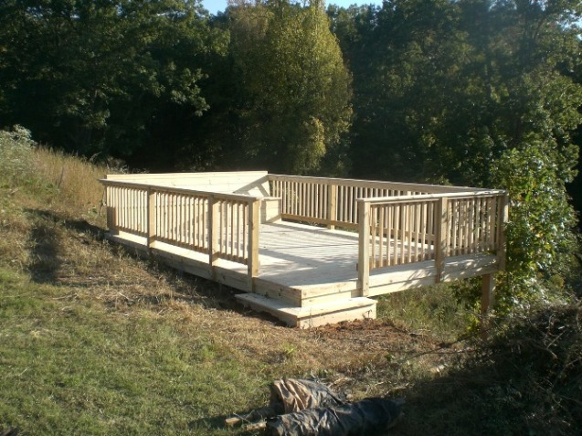 free standing deck