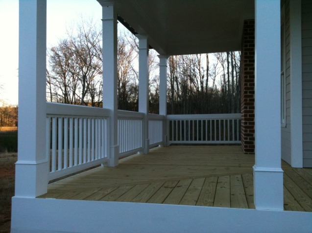 deck with columns