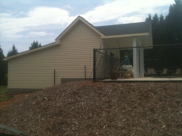 garage poolhouse